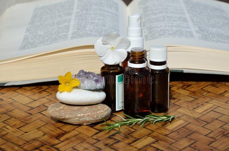 Remédios e guia homeopaticamente fotos de stock