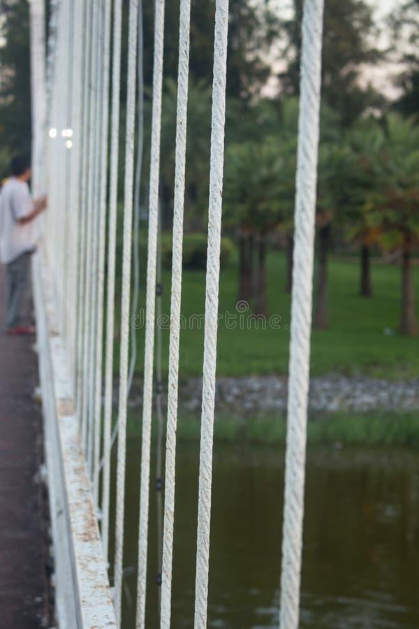 Rem av upphängningbron i Udonthani, Thailand arkivfoto