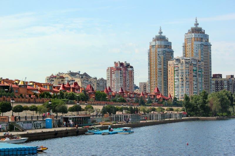 Remblai d'Obolon dans Kyiv, Ukraine photo libre de droits