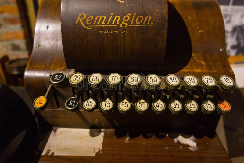 Remington Antique Adding Machine imágenes de archivo libres de regalías
