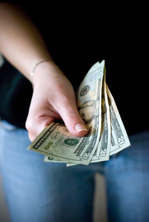Remise de l'argent comptant image libre de droits