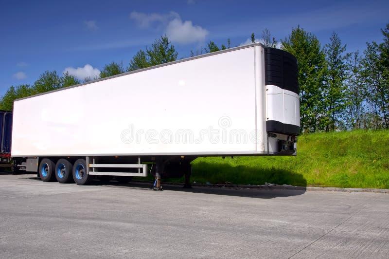 Remorque de camion pour le transport de transport image libre de droits
