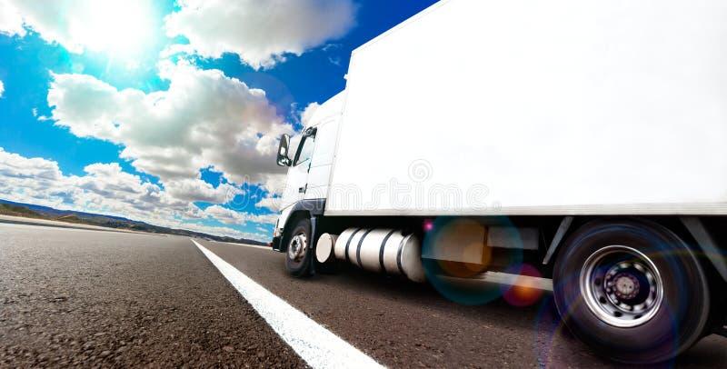 Remorque de livraison internationale de marchandises photos stock