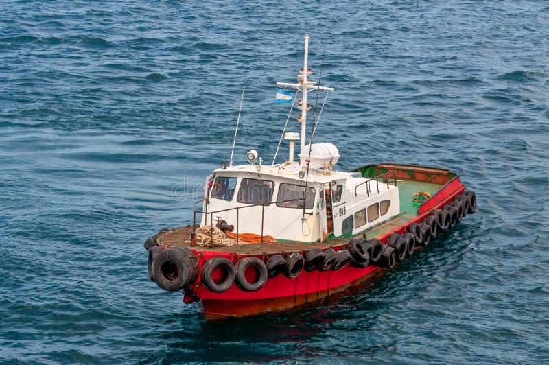 Remorqueur dans Puerto Madryn photographie stock libre de droits