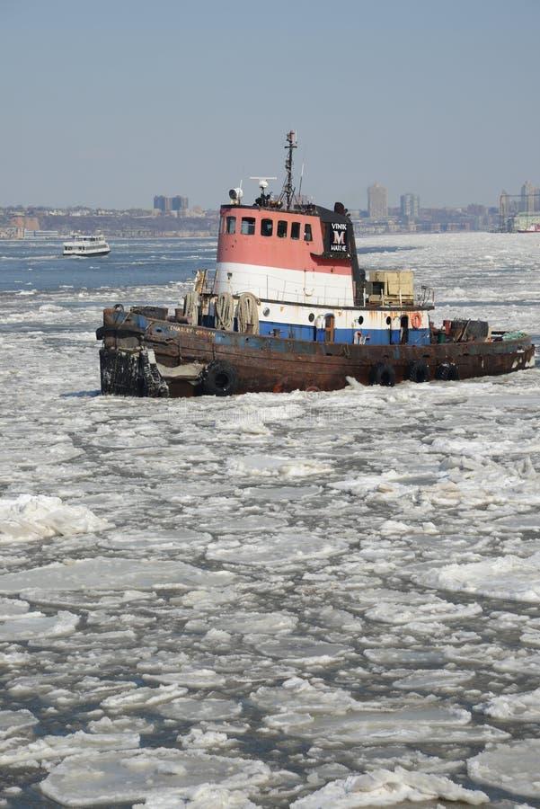 Remorqueur de glace de Hudson River photo stock