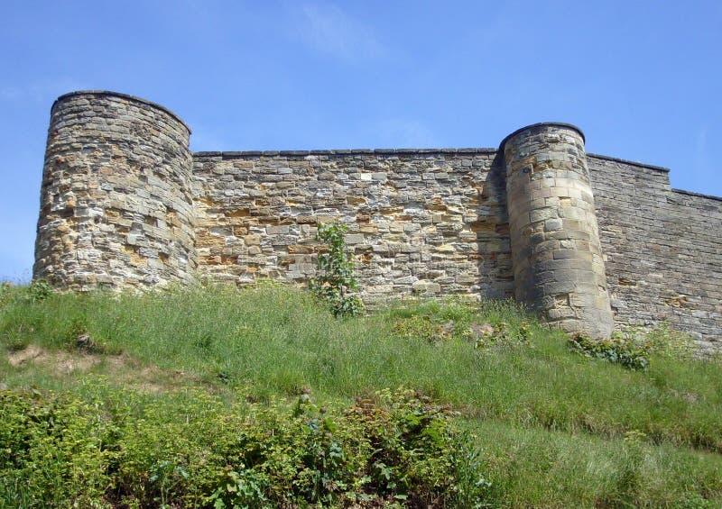 Remparts de château de Scarborough photos libres de droits