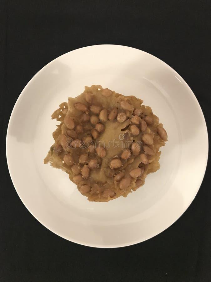 Rempeyek Kacang of Pinda'scrackers stock foto's