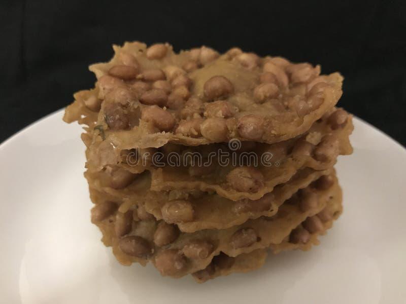 Rempeyek Kacang of Pinda'scrackers royalty-vrije stock afbeelding