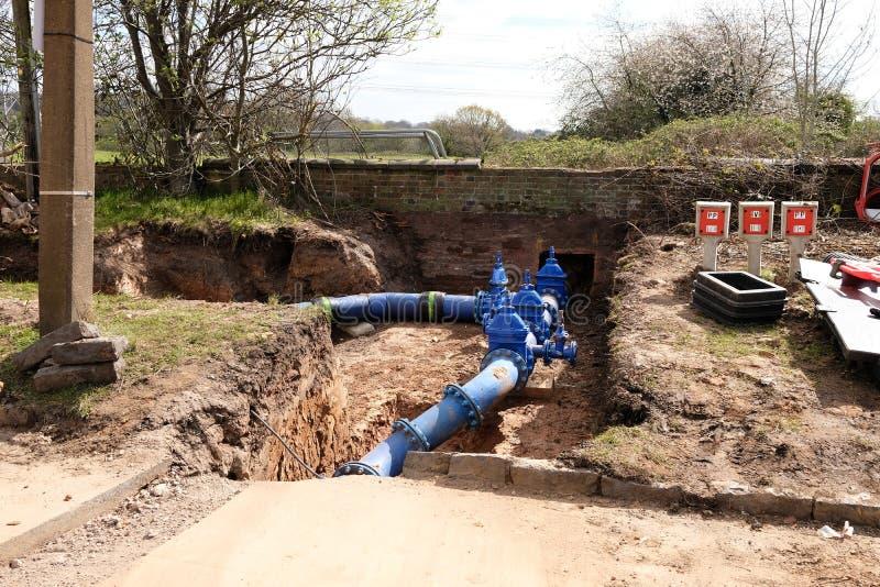 Remplacement de conduite d'eau principale photographie stock libre de droits