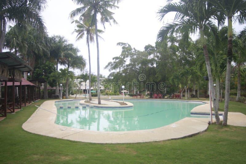 A a rempli? la petite station de vacances partie dans la ville de Teledo dans la province de Cebu Philippines images stock