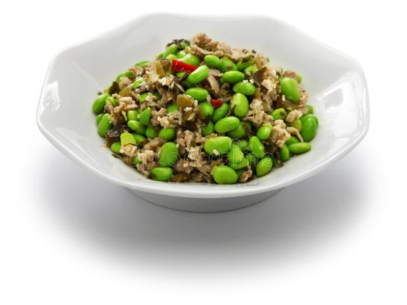 Remuez les légumes frits d'edamame et de neige, cuisine chinoise photos stock