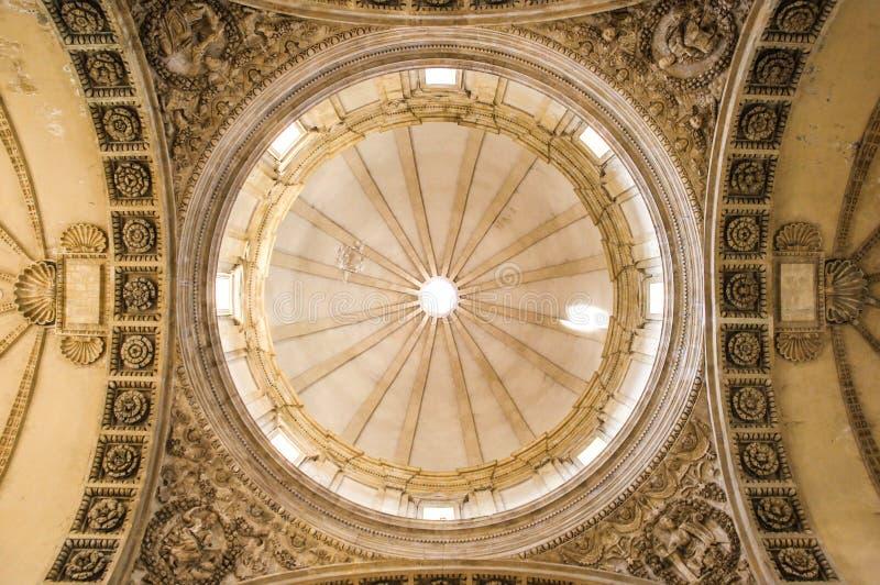 Renässanskupol i montefiascone arkivbilder