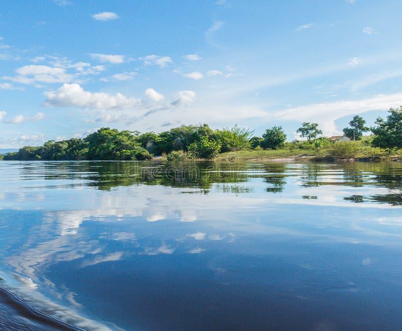 Ren flod i Chapada Diameantina, Bahia, Brasilien royaltyfri fotografi