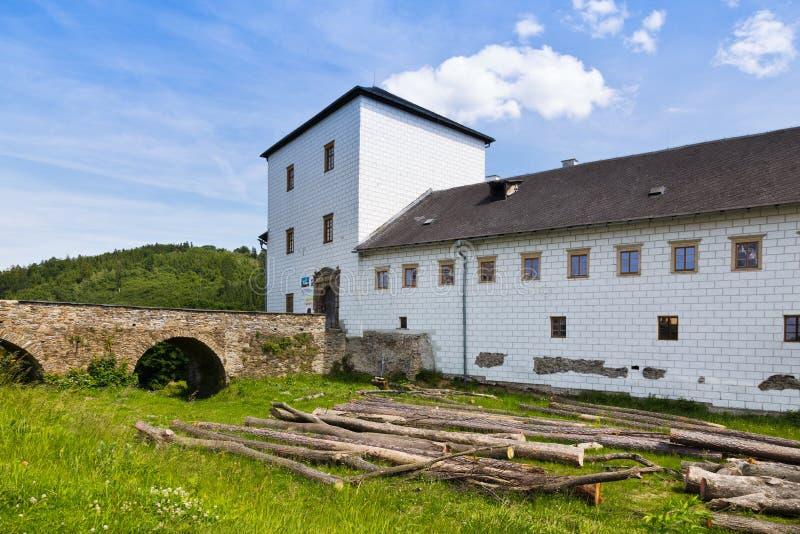 Renaissance castle Kolstejn, city Branna, Jeseniky-bergen, Tjeckien arkivbild