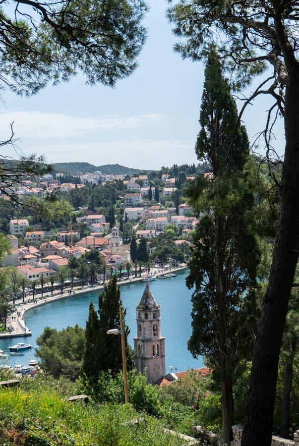RenaissanceGlockenturm mit achteckiger Haube von Sankt- Nikolauskirche, Cavtat, Dubrovnik--Neretvagrafschaft, Kroatien K?stendorf lizenzfreie stockfotos