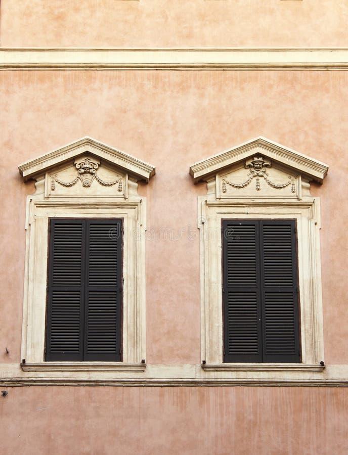 Renaissancevensters stock foto's
