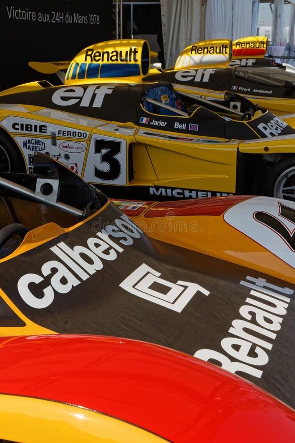 Renault commémore 40 ans de victoire sur le circuit de Le Mans images libres de droits