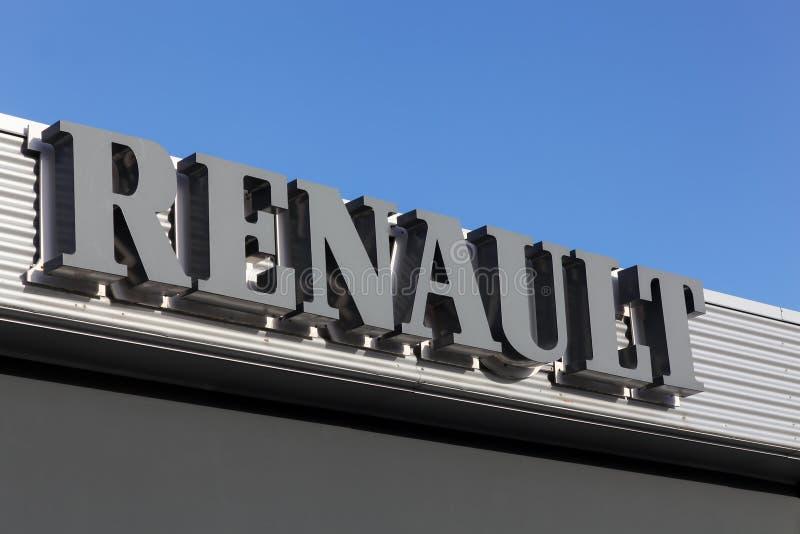 Renault logo på en vägg arkivbild