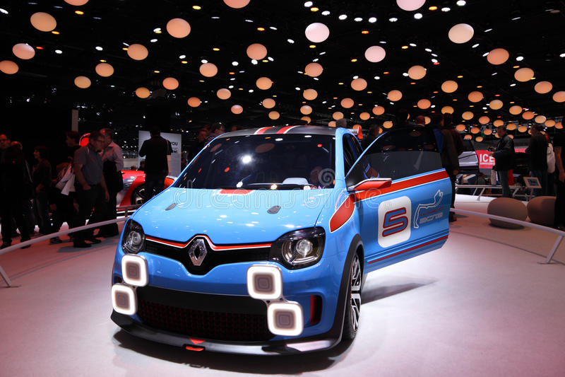 Download Renault Twinrun редакционное фотография. изображение насчитывающей frankfurt - 33727892