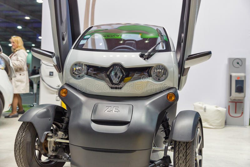 Renault Twizy-Elektroauto auf Einsteck-Ukraine Ausstellung 2017 Kiews stockfoto