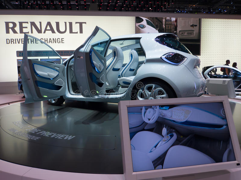 Download Renault Zoe Preview editorial stock image. Image of emissions - 18678819