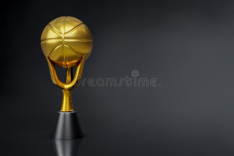 rendição 3d do troféu dourado do basquetebol no tiro escuro do estúdio do fundo, trajetos de grampeamento ilustração royalty free