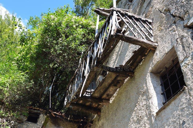 Reneuzzi-Geisterstadt verlassen stockbilder