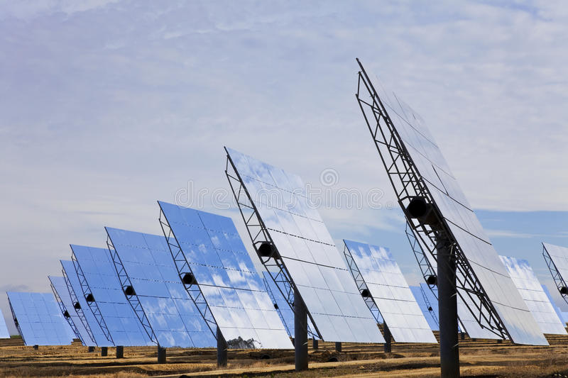 Download Renewable Green Energy Solar Mirror Panels Stock Image - Image: 14772147