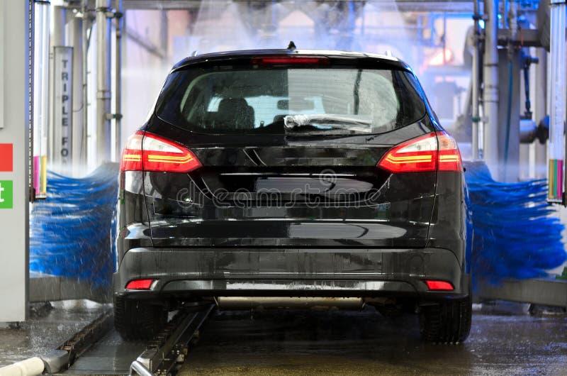 Rengörande biltvätt för medel arkivfoto
