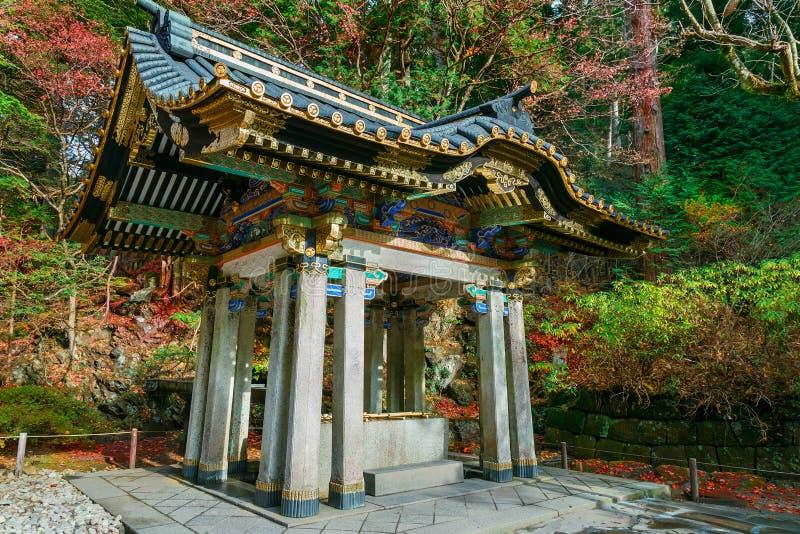 Reningområde på den Taiyuinbyo relikskrin i Nikko, Japan royaltyfria foton