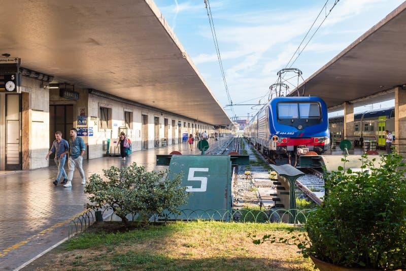 Renitalia regionalności pociąg zdjęcie royalty free