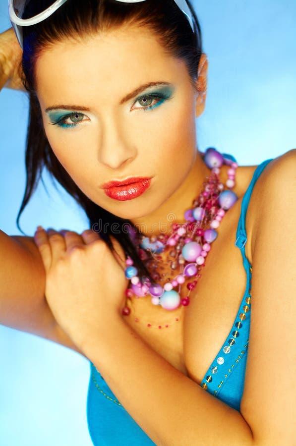 Download Renivellement bleu photo stock. Image du cheveu, bleu, artificiel - 744218
