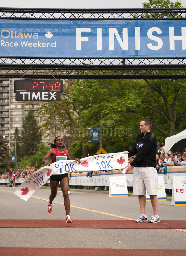 Rennen Ottawa-10km lizenzfreie stockfotografie