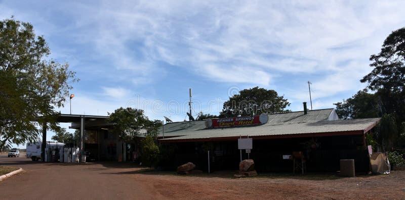 Renner Springs Desert Hotel e stazione di servizio fotografie stock