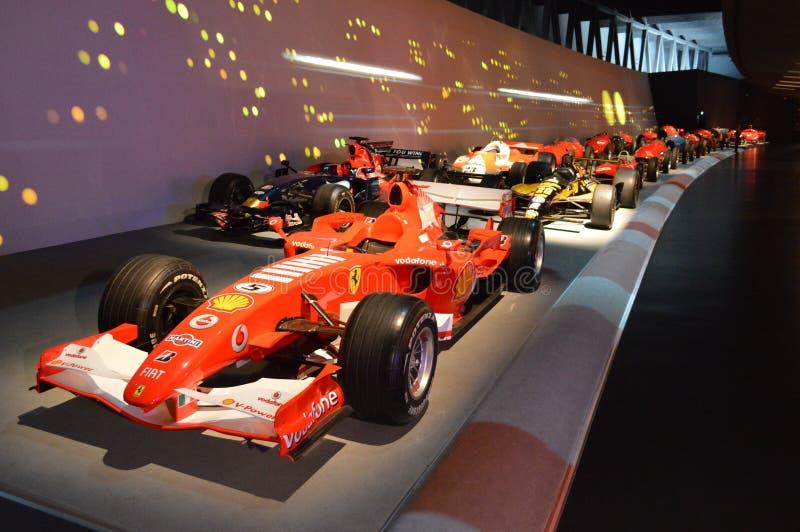Rennparade bei Museo Nazionale dell'Automobile stockbild
