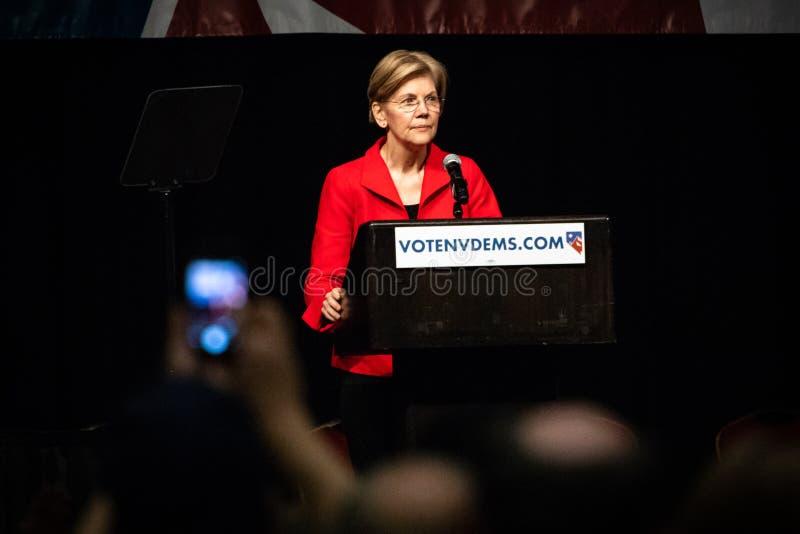 Reno, NV Elizabeth Warren adresowania tłum Przy - Czerwiec 23, 2018 - obrazy royalty free
