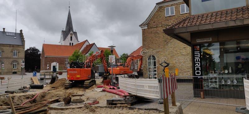 Renouvellement 2 d'égout He place dans le varde Danemark photos libres de droits