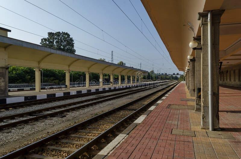 Renovación de la vieja estación del ferrocarril, Ruse, Bulgaria imagen de archivo