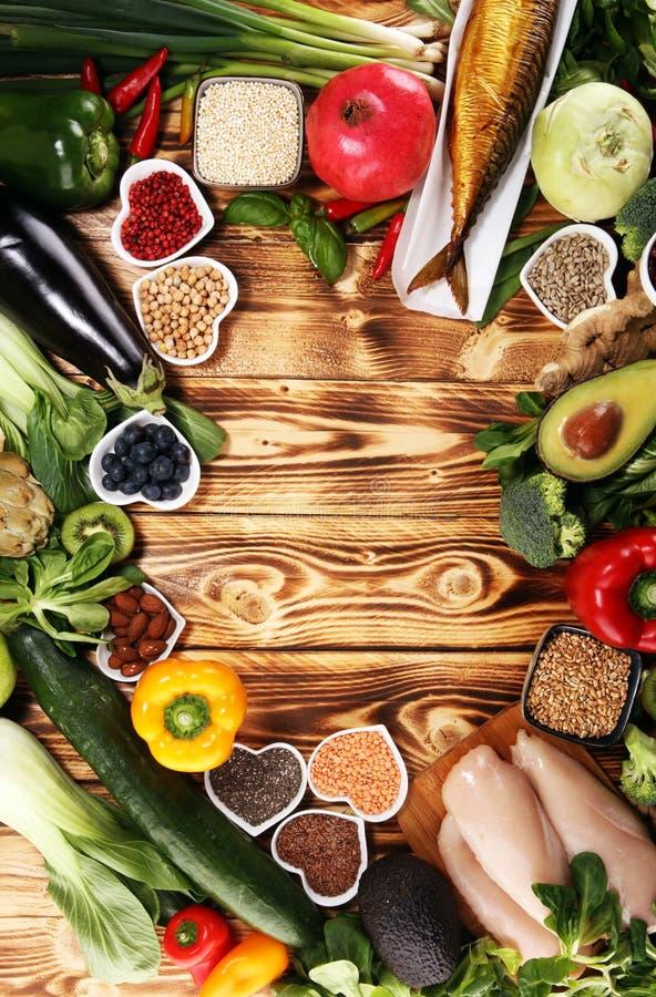 Rent ätaval för sund mat E arkivfoto