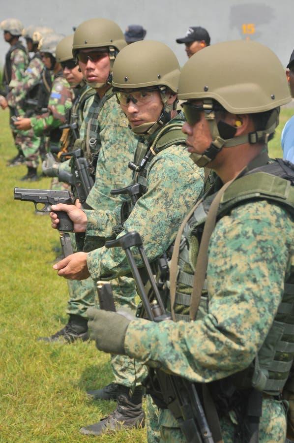 República naval da unidade do mergulho do exercício (NDU) da marinha de Singapura (RSN) e do TNI-AL Kopaska imagens de stock