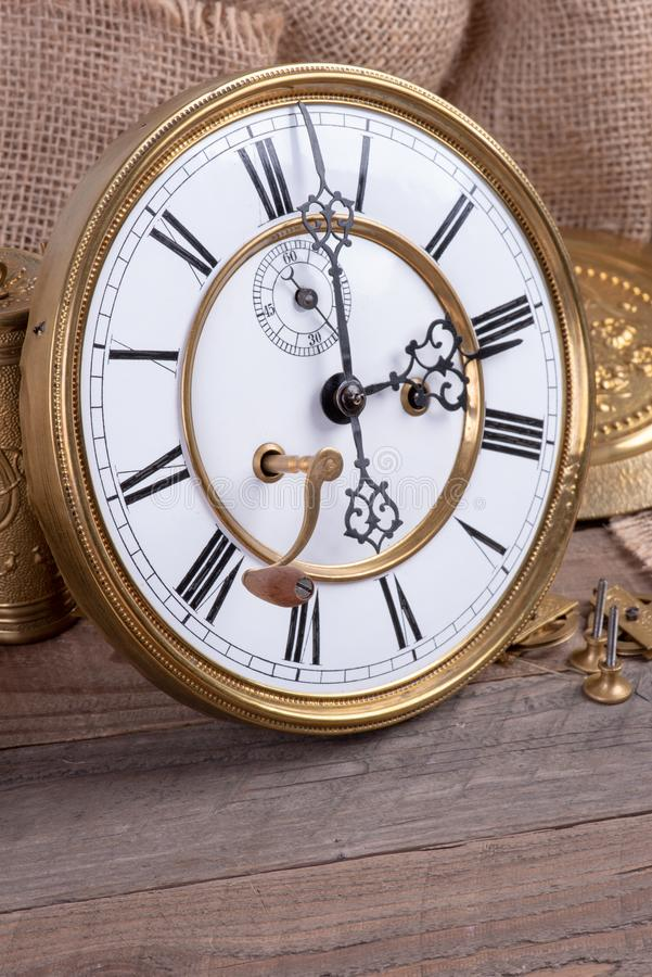 Free Repair Of Vintage Wall Clock, Memory And Past Time Stock Photography - 164154032