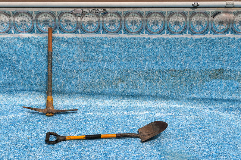 Reparación de la piscina fotos de archivo