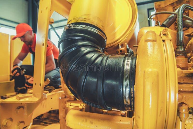 Reparación del motor diesel imagen de archivo libre de regalías