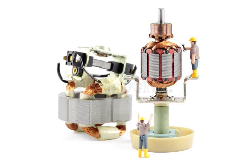 Reparación del motor eléctrico fotografía de archivo