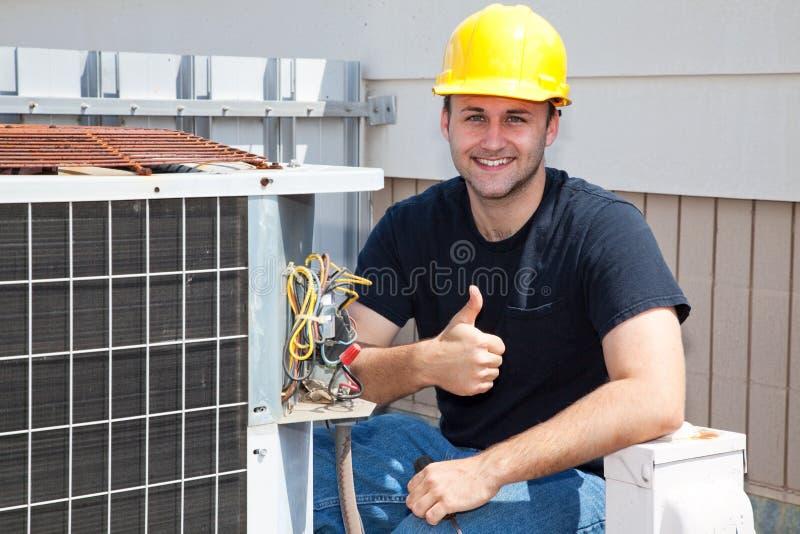 Reparador Thumbsup de Condioner del aire foto de archivo