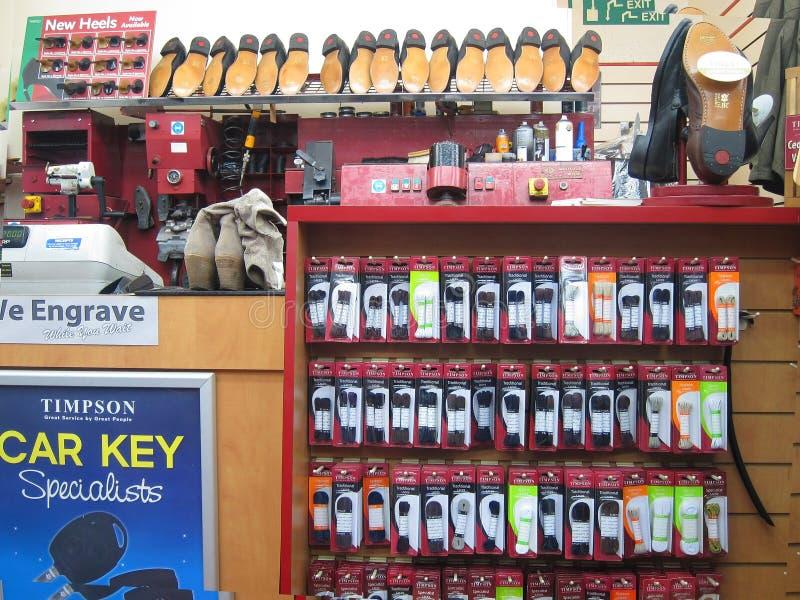 Reparadores de zapato. fotografía de archivo libre de regalías