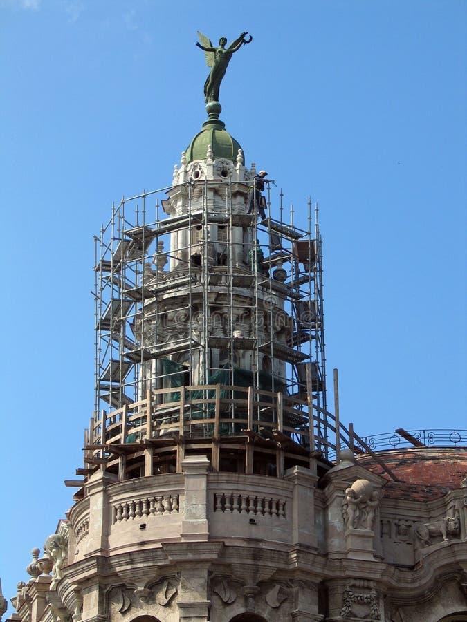 Reparando a torre imagem de stock royalty free