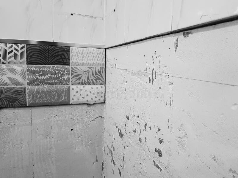 Reparaties in de badkamers en de tegel royalty-vrije stock foto
