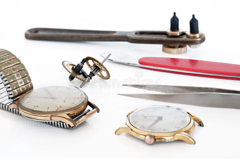 Reparatur von Uhren lizenzfreies stockfoto