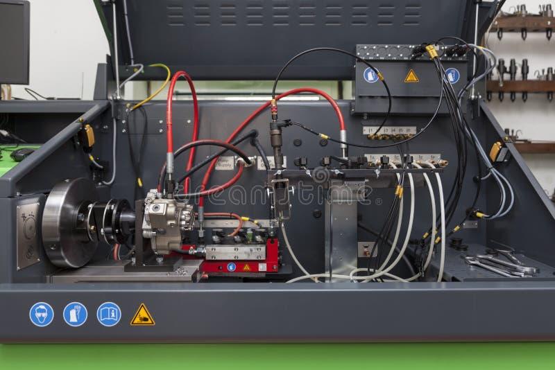 Download Repare Bocais Para Os Motores Diesel Foto de Stock - Imagem de testar, injeção: 80100686